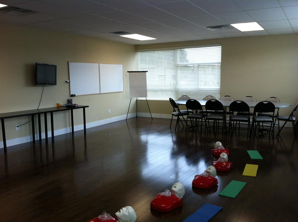 First aid and cpr courses in vancouver professional first aid first aid classroom xflitez Image collections