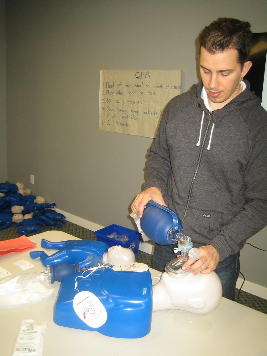 First aid and cpr courses in toronto professional first aid and using a bag valve mask during cpr xflitez Image collections